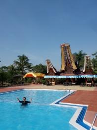 kolam renang Misiliana Hotel