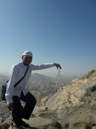 Muthawwif with zamzam tower view